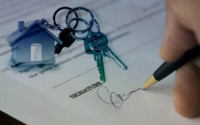 Wat doet een notaris bij het aankopen en verkopen van een huis?